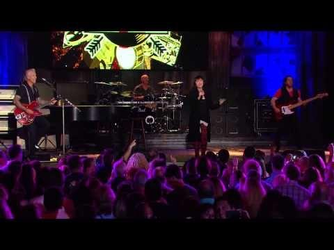 "Pat Benatar/Neil Giraldo ""Love Is A Battlefield"" - AXS TV - YouTube"