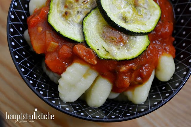 Blitzrezept: Gnocchi mit Cabanossi und gegrillter Zucchini ...