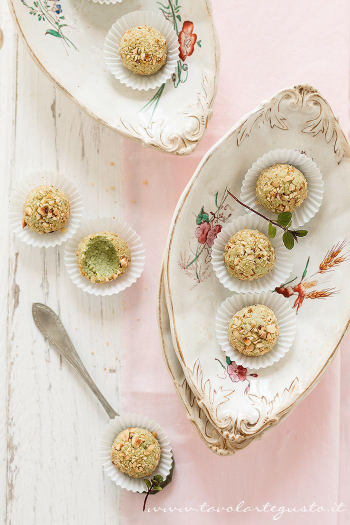 Tartufi salati di fave e pecorino - Fava beans and pecorino cheese appetizer truffles