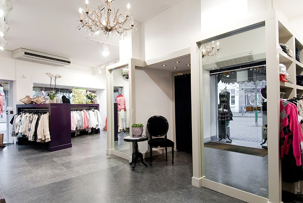 Mejores 26 im genes de the window of fashion en pinterest - Las mejores minicadenas ...