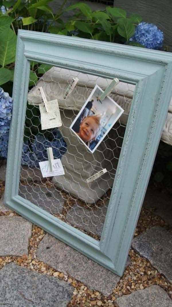 I really love repurposed projects. When I'm searching for repurposing ideas, I'm seeing pretty much cool ways that people used old picture frames to decorate their homes. Whether it be simply used as a chic serving tray or jewelry hanger, converted to a chicken wire message board, or turned into a piece of lovely wall […]