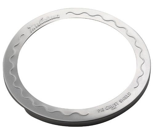 With Mrs. Andersons Pie Crust Shield you can bake the perfect golden brown pie crust every time. Measures nine inches