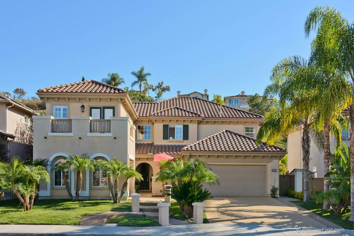 Scripps Ranch Beauty! Fabulous Home - great location - move in ready