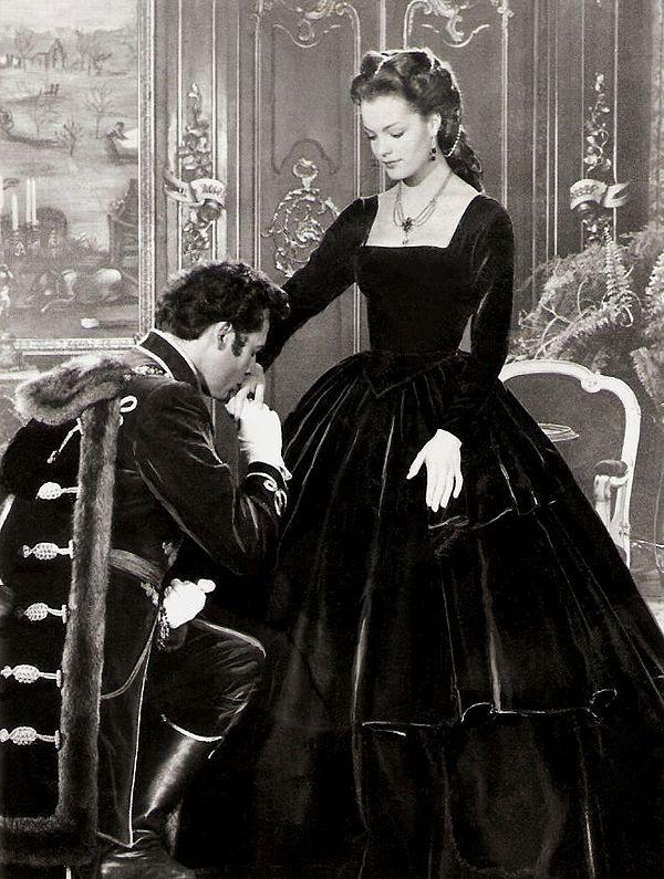 Romy Schneider as Sissi and Gyula Andrassy