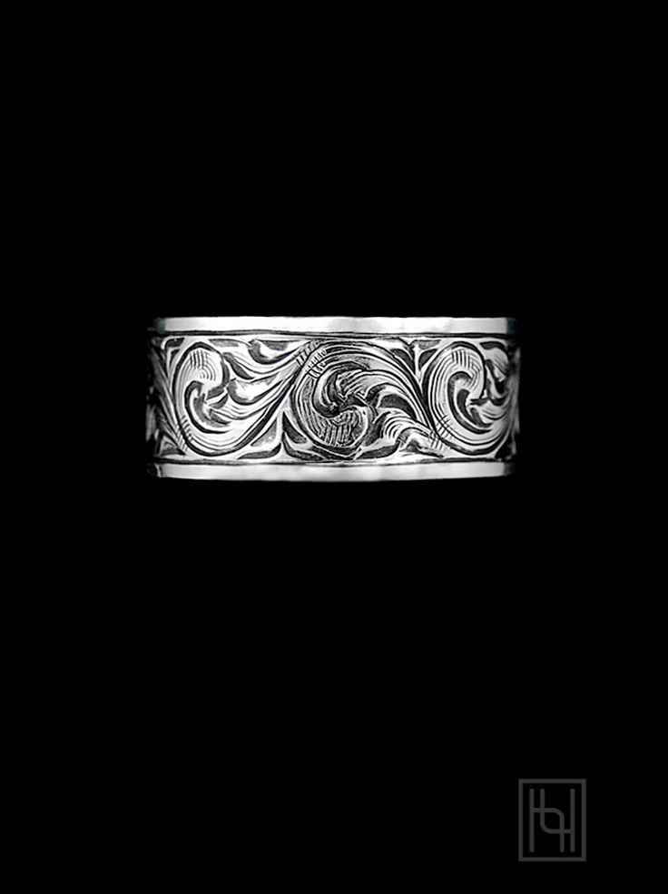Classic Hyo Silver design elements fuse for this stunning Vintage Engraved Silver Ring. You'll love the nostalgic western look!