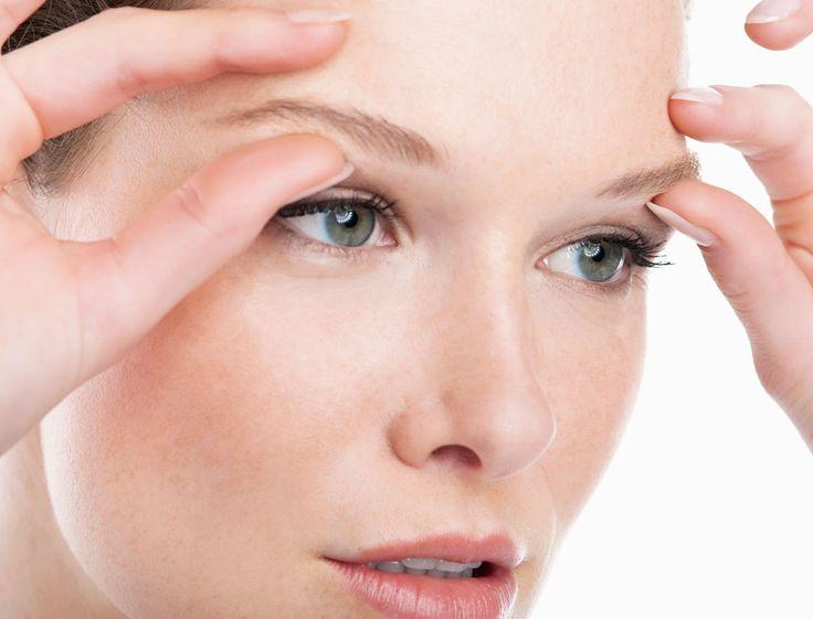 Suivez ces gestes d'automassage simples pour soulager rapidement vos yeux.