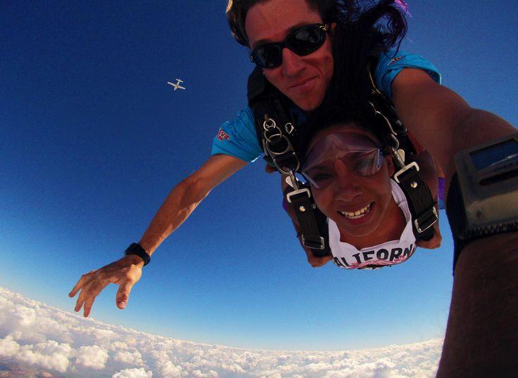 salto-de-paraquedas-experiencia-como-se-preparar-paraquedismo-boituva-salt-rafa   http://mundovioleta.com.br/salto-de-paraquedas-a-minha-experiencia-wishlist/