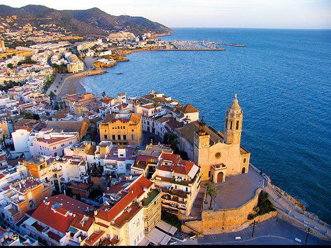 Sitges, Spain - © Agència Catalana de Turisme