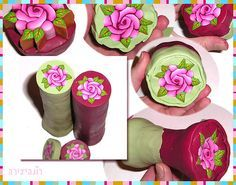 Millefiori cane: rose cane with 2 backgrounds