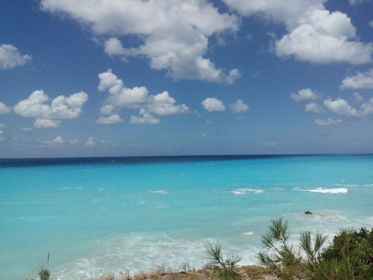 Restless sea #lefkadaslowguide #lefkadazin #lefkada #lefkas #sea #blue #magic #greece #holidays