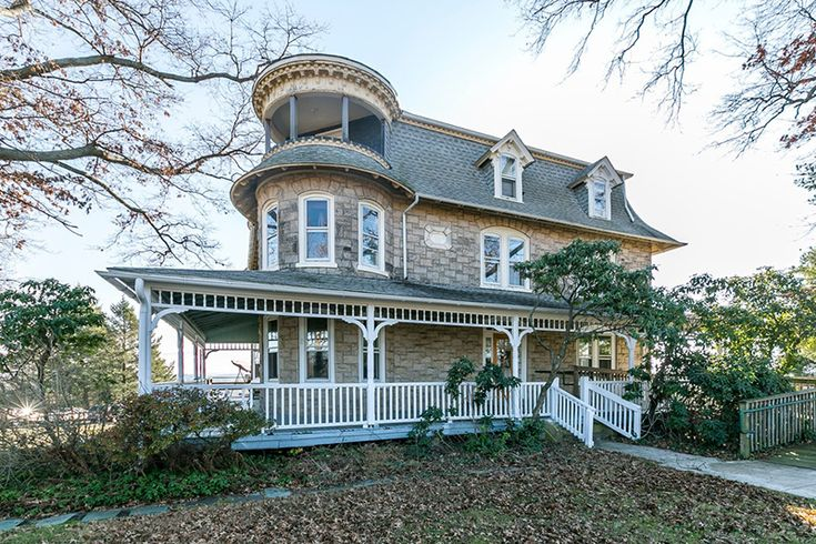 577 best mansions of a bygone era images on pinterest for 3 story victorian house