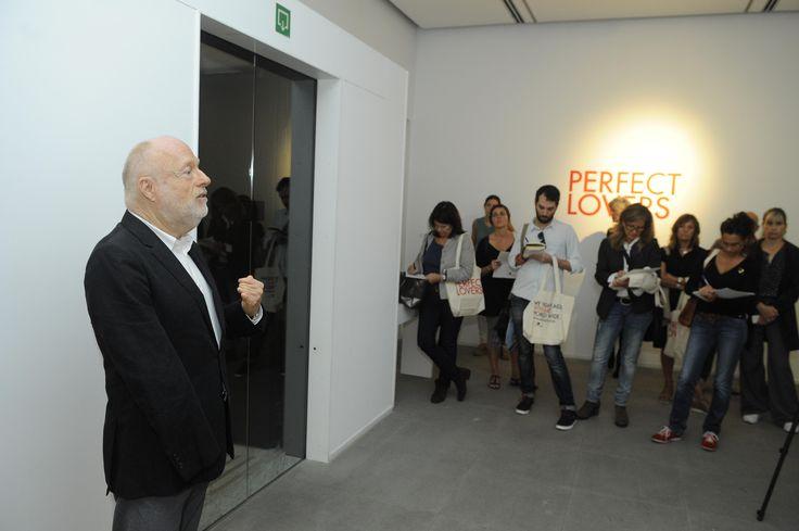Presentación de la exposición de Perfect Lovers en Fundación Suñol por Han Nefkens,  Fundador de la FHN