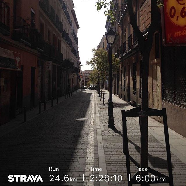 Freaky Friday #madrid #españa #madcity #run #runitfast #runhappy #furtherfasterforever #worlderunners #iloverunning #runningaddict #cityrunner #streetrun #endurance #f3 #garmin #stravarun #stravaproveit #instarunneros #instaRunnersMadrid #altrarunning #madrunner #madjunkie #urbanrun #marathontraining #ultramarathontraining