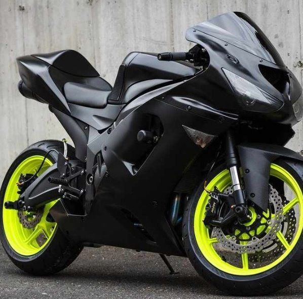 ZX6R. She is perfect, and she was my lover. Gotta love a Ninja