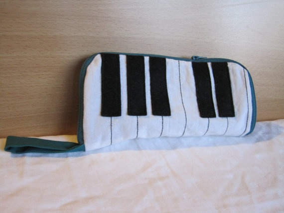 Piano keys pencil case