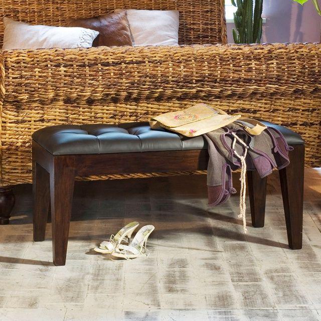 Скамья из массива тика Stefani Изящная скамья из массива тика и натуральной кожи. Выполнена в колониальном стиле. Способна украсить собой не только гостиную, но также прихожую или спальню, если разместить её у изножья кровати. http://www.teakhouse.ru/ru/mebel/skami_i_lavki/skami_i_lavki_dlya_doma/skamya_stefani/