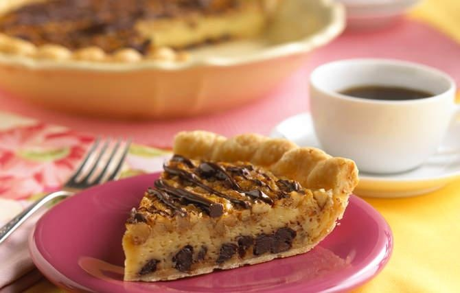 Chocolate Chip Cookie Pie - It's time to combine two all-time ...