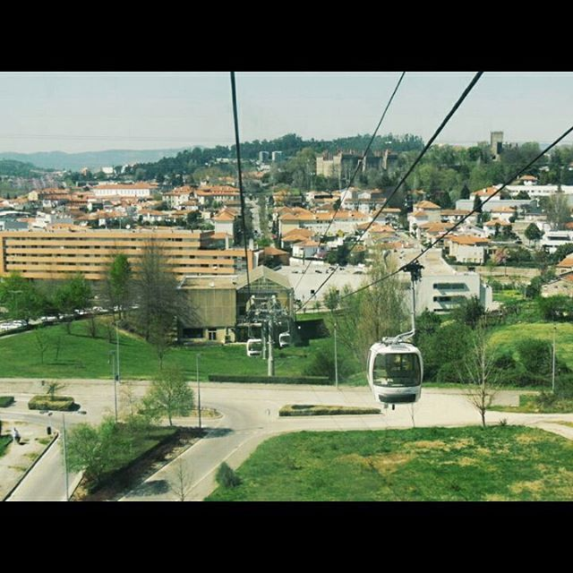 Subiendo al Monte da Penha en #Guimaraes (#Portugal) http://bit.ly/26JxYex