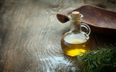 Oil Pulling Benefits - What is Oil Pulling Anyway?