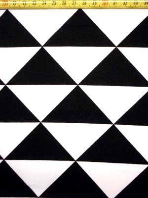 B 1937 Bedrukt katoen triangel zwart