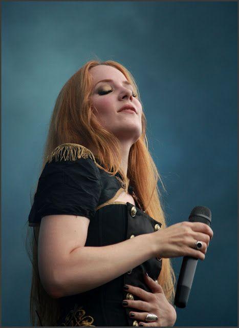 Simone Simons, Epica at TUSKA 2012