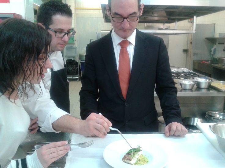 Haciendo una prueba de #menu de nuestra nueva carta...  Nota: ¡Sobresaliente! #Restaurante #Restaurantesubmarino #Valencia #Oceanografic #Ciudaddelasartesylasciencias #Chef #Gourmet #Delicious #Altacocina #Creativefood #Hautecuisine
