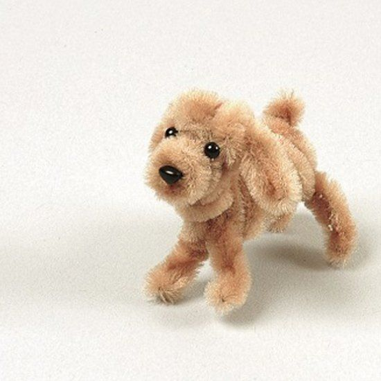 Learn how to make this cute puppy using pipe cleaners! Omg it's soo cute.
