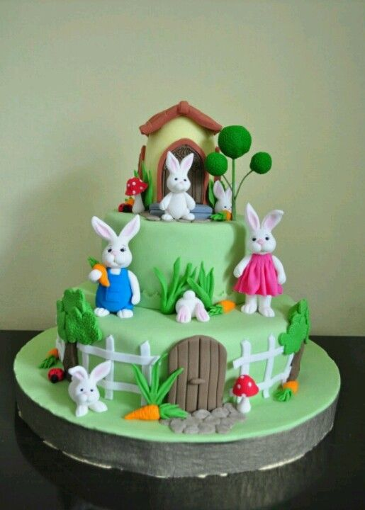 Easter cake. Love the bunnies.