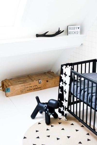 Binnenkijken bij studiobrenstijl - Babykamer - kleine ruimte