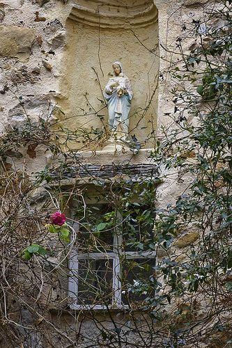 thelittlefrenchbullblog:  Madonna by the Window, Roquebrune (by Rita Crane Photography)Doors Entrance Windows, Shrine, Climbing Rose, Beautiful, Cranes Photography, Gardens, Architecture, Altars, Rita Cranes
