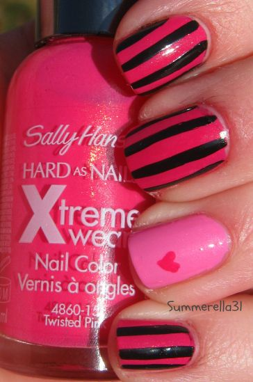 Monster High Series: Draculaura   Sally Hansen Xtreme Wear Twisted Pink and Bubblegum Pink and LA Colors Art Deco striper polish black