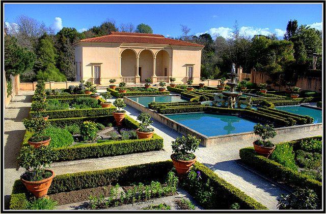 Italian Renaissance Garden, 1 HDR; Hamilton Gardens, NZ : photographer, John Van Rooy