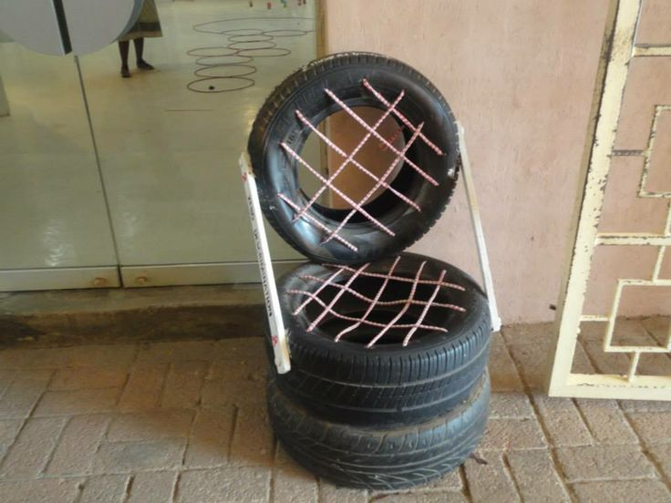 Recycled old tyres into a chair.