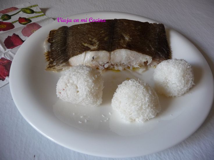 Pescado con Juk Juk (bolitas de arroz glutinoso con coco). Islas Marshall