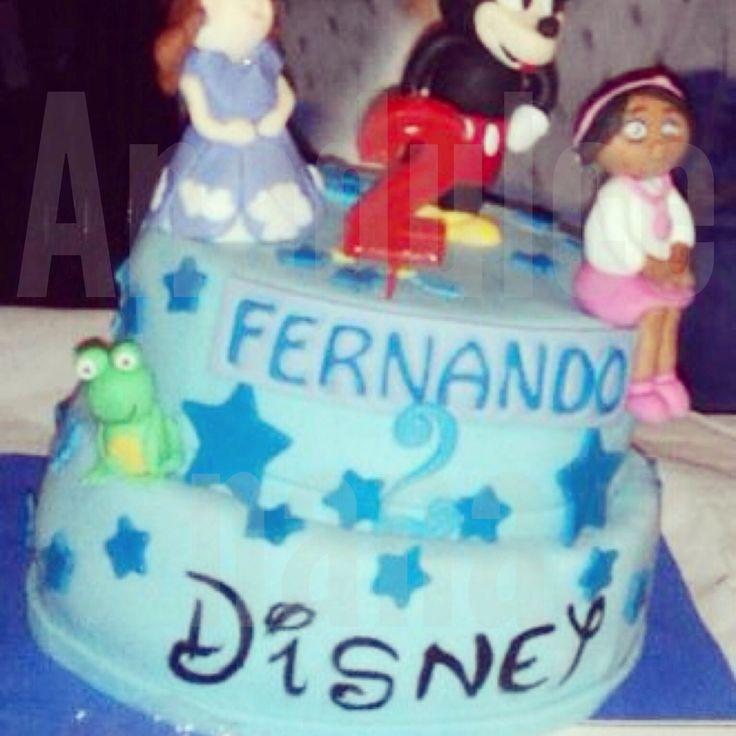 Tarta Disney!!sorprende a los peques con nuestras tartas! Síguenos en Facebook--ANAULCENANA.#tartascadiz#sugarcraft anadulcenana