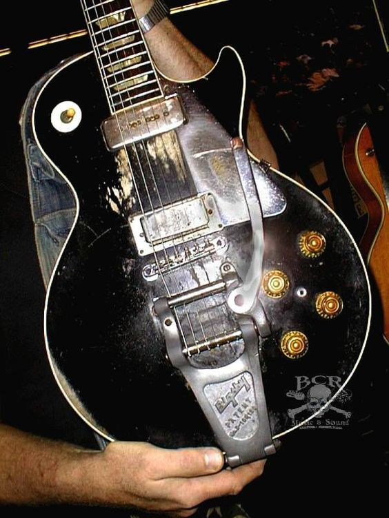 Neil obtained this '53 Les Paul in 1969 a guitar trade with Jim Messina – probably the best trade since the Yankees got Babe Ruth from the Red Sox…