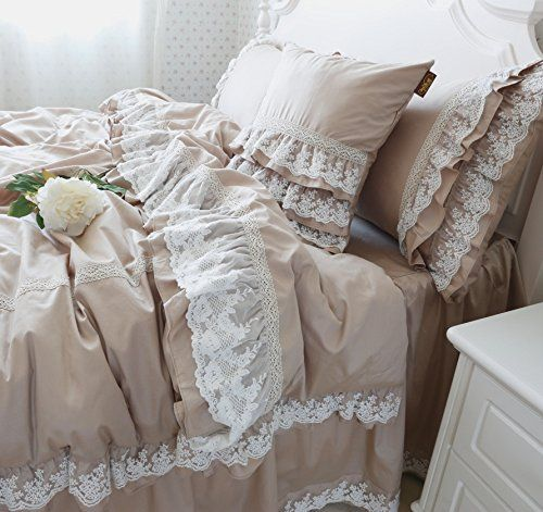 FADFAY White Lace Bedding Sets Korean Bedding Set Luxury Lace Ruffle Duvet Cover Bedding Set Beautiful Romantic Bedding Set,5Pcs FADFAY http://www.amazon.com/dp/B00REB6J58/ref=cm_sw_r_pi_dp_WOlEvb167QKSQ