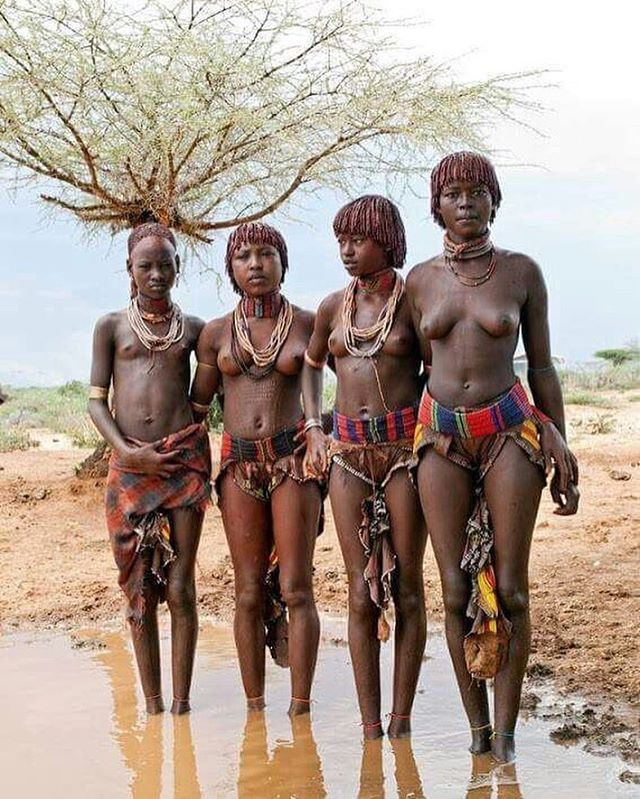 nude african tribe women