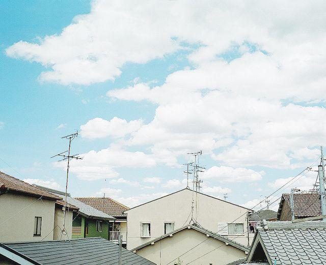 drifting clouds by Hideaki Hamada, via Flickr