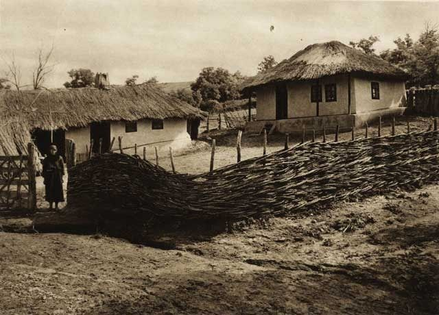 Leuseni,-casa-taraneasca - case traditionale romanesti