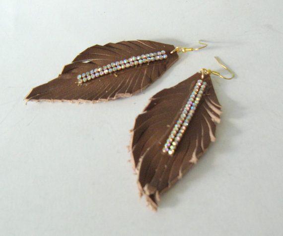 Feather earrings, boho chic earrings Leather feather jewelry/tan feather earrings/natural leather bohemian earrings/statement earrings light