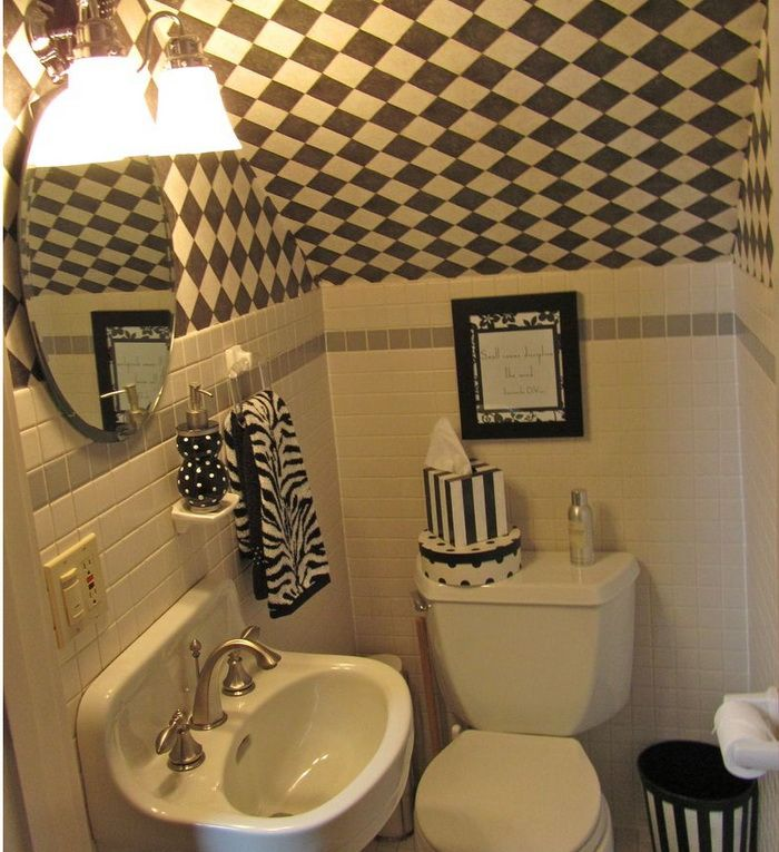 Small Bathroom Design Under Stairs: 87 Best Images About UnderStairs