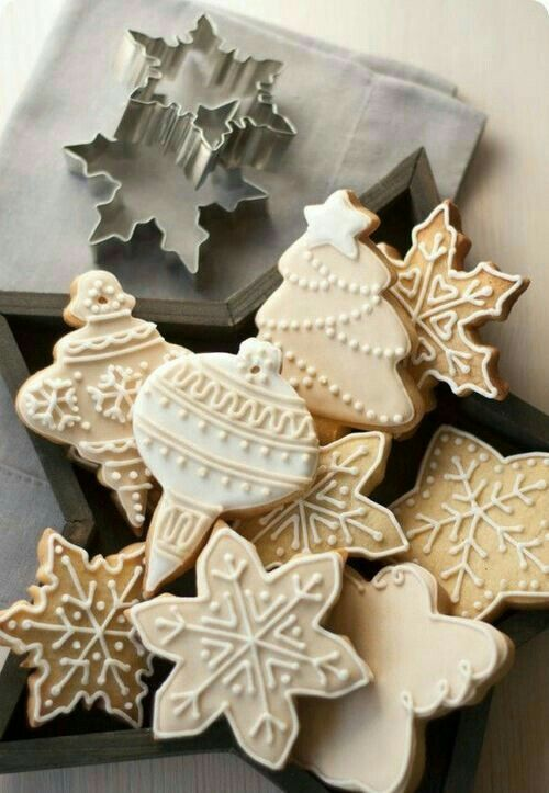 Neutral decorated Christmas cookies