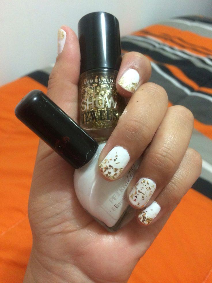 Blanco y dorado