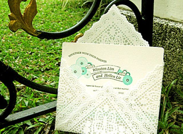 Craft Of The Day: DIY Lace Envelopes
