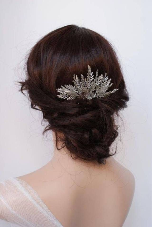 25 Beautiful Snowflake Wedding Accessories