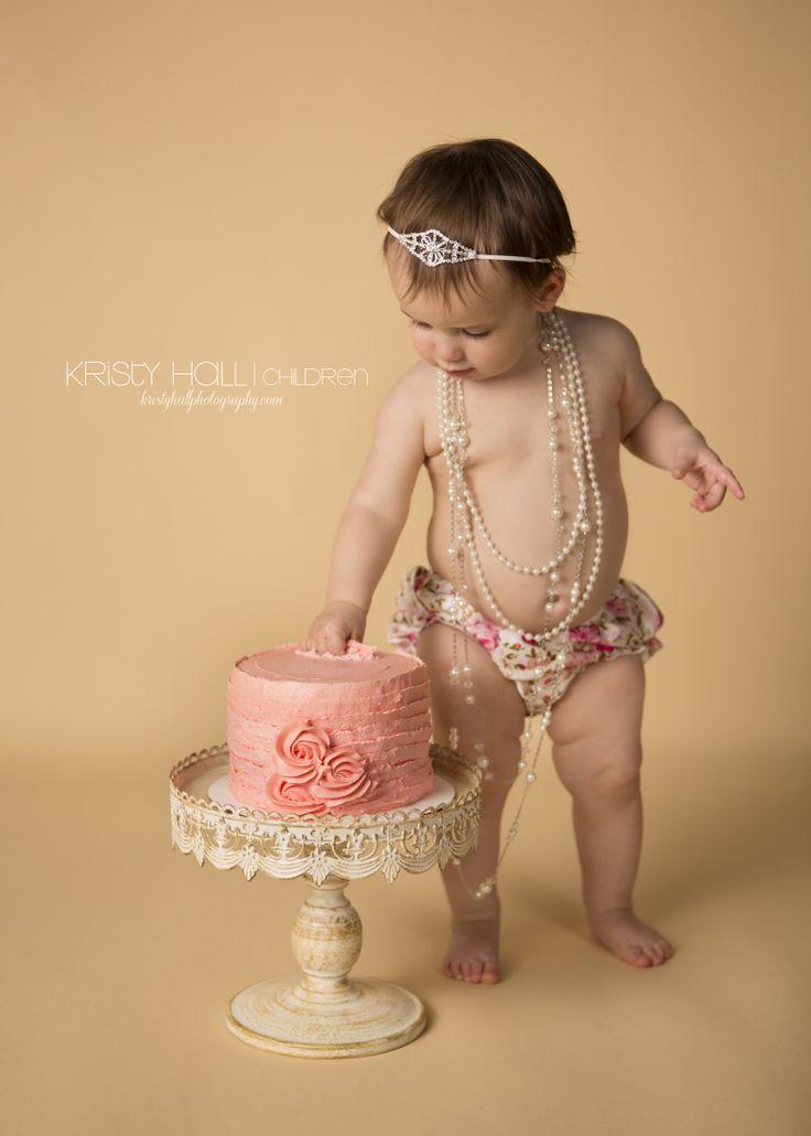 One Year Old Girl Cake Smash Photography Omg We Gotta Do