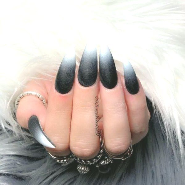 Black And White Stiletto Nails By Margaritasnailz Black And White Nail Designs White Stiletto Nails White Nail Designs