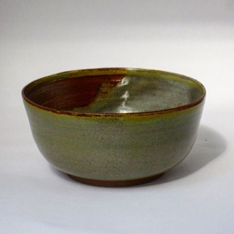 A new bowl form from our last reduction firing :)