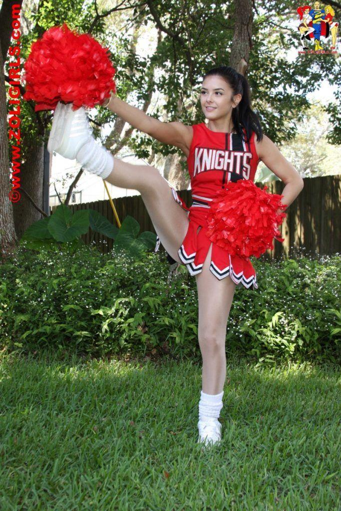 Cheerleader pantyhose picture of Katie from Zoligirls | My ...